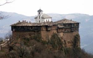 Гложенски манастир забележителности